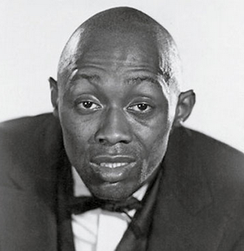 stepin fetchit looking moderately stupid